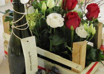 Rosso=Amore Uva=Vino Cin cin ! Auguri agli sposi